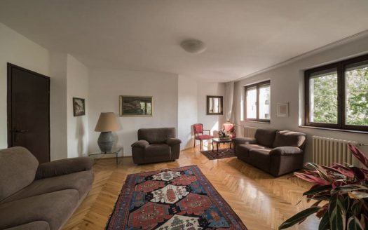 Apartment Sense Dorcol