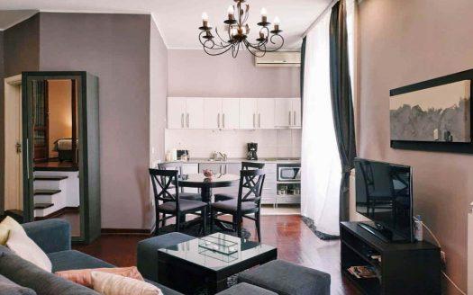 Apartman Terazije Beograd - TV i sofa